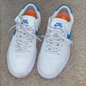 Nike SB Bruin Hyperfeel Sneaker Size 7 (men's)